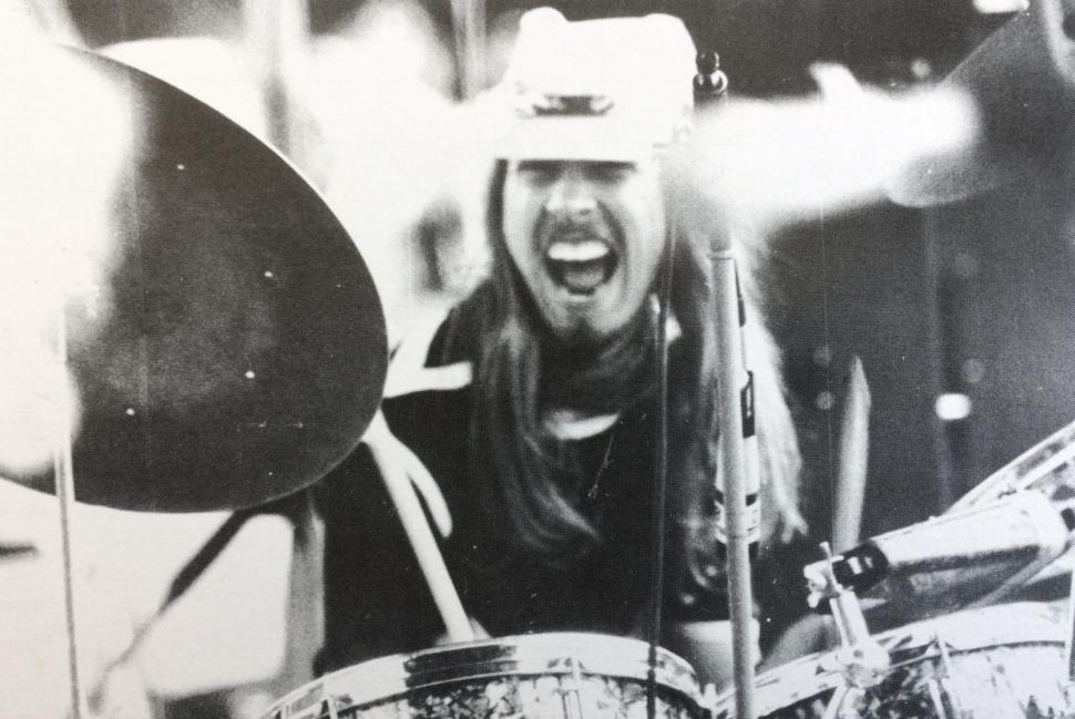 Marlon Klein: Drums, Congas, Roto-Toms, Percussion Arrangements
